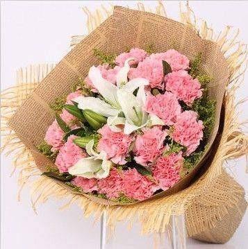 康乃馨百合花束